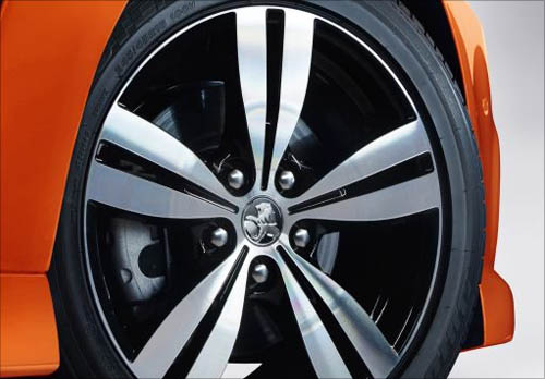Holden Commodore Alloy Wheels
