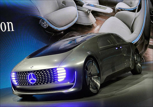 North american international auto show about stratton for Mercedes benz f 015 price